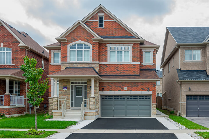 New Homes in Oakville by Starlane